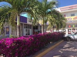 Foto Local en Venta en  Región 95,  Cancún  Local en venta en Cancún/Centro