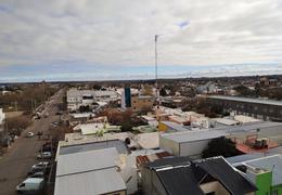 Foto Departamento en Venta en  Centro,  Santa Rosa  Alte Brown al 100