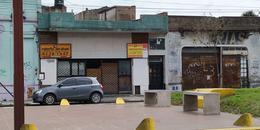 Foto Local en Venta | Alquiler en  Valentin Alsina,  Lanus  Rivadavia 400