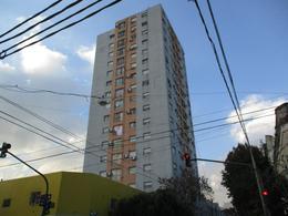 Foto thumbnail Departamento en Alquiler en  Boca ,  Capital Federal  Aristobulo del Valle y Necochea