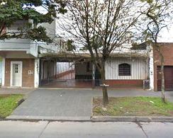 Foto Casa en Venta en  Capital ,  Tucumán  Viamonte al 100