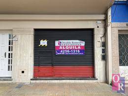 Foto Local en Alquiler en  Berazategui ,  G.B.A. Zona Sur  Calle 142 N°1481 E/ 14 y 15