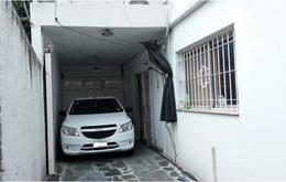 Foto Casa en Venta en  Villa Adelina,  San Isidro  Juan Agustín Mazza al 1100