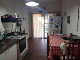 Foto Casa en Venta en  Villa Ballester,  General San Martin  Juncal al 4600 e/Jose Hernandez y Castelli