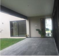 Foto Casa en Venta en  Fraccionamiento El Campanario,  Querétaro  RESIDENCIA NUEVA EN EL CAMPANARIO