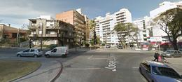 Foto Local en Venta en  Pocitos ,  Montevideo  Local comercial en venta con renta en Pocitos