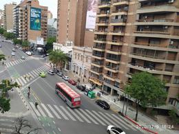 Foto Departamento en Alquiler en  Nueva Cordoba,  Capital  Av. Hipólito Yrigoyen 195-5A