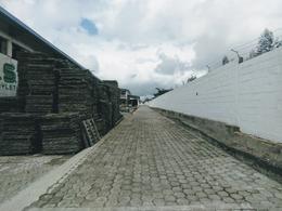 Foto Bodega en Alquiler en  Llano Grande,  Quito  CALDERÓN - LLANO GRANDE, BODEGA DE RENTA DE 1200 M2