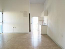 Foto Apartamento en Alquiler en  Unión ,  Montevideo  Camino Corrales  esq Manuel de Ubeda