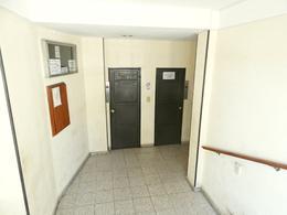 Foto Departamento en Alquiler en  La Plata ,  G.B.A. Zona Sur  44 e/ 1 y 2
