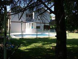 Foto Casa en Venta | Alquiler en  El Ombu,  Countries/B.Cerrado (Ezeiza)  Parera al 1500