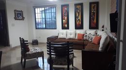 Foto Departamento en Venta en  Norte de Guayaquil,  Guayaquil  VENTA DE TOWNHOUSE BONITO Y  AMPLIO  EN  CDLA. BELLAVISTA ALTA