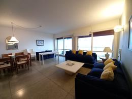 Foto Departamento en Venta en  Playa Mansa,  Punta del Este  Departamento- Playa Mansa- 2 dormitorios- 1 Baño- Terraza