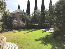 Foto Casa en condominio en Renta en  Bosques de las Lomas,  Cuajimalpa de Morelos  Casa espectacular en renta en Bosques de las Lomas con jardín