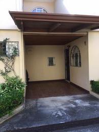 Foto Casa en condominio en Renta en  Escazu ,  San José  CONDOMINIO en trejos montealegre Escazu San Jose Costa Rica