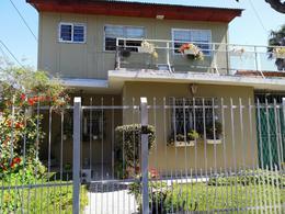 Foto Casa en Venta en  Boulogne,  San Isidro  Manuelita Rosas al 700