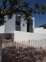 Foto Casa en Venta en  Bellavista,  Culiacán  SE VENDE CASA NUEVA DE 1 PLANTA 3 REC, ACABADOS DE LUJO CON 4 CUARTOS EXTRAEQUIPADOS PARA RENTAR A UNOS MTS ENTRADA V. DEL RÍO