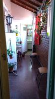 Foto PH en Venta en  Lanús Oeste,  Lanús  Jujuy al 700