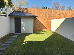 Foto Casa en Venta en  Burzaco,  Almirante Brown  WILSON 1066