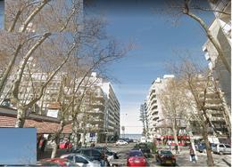 Foto Terreno en Venta en  Pocitos ,  Montevideo  terreno en pocitos