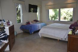 Foto Casa en Venta en  San Diego C.C,  Countries/B.Cerrado (Moreno)  Excelente Chalet en ubicación central
