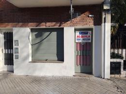 Foto Local en Alquiler en  Abasto,  Rosario  Cerrito 1427