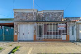 Foto Casa en Venta en  Ensenada,  Ensenada  Dr. Haramboure e/ Pres. Perón y Don Bosco
