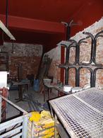 Foto Local en Venta en  Ciudad Vieja ,  Montevideo  Maciel al 1400