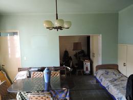 Foto Casa en Venta   Alquiler en  Prado ,  Montevideo  Suarez y Br. Artigas - 4 dorm, gran fondo y potencial!