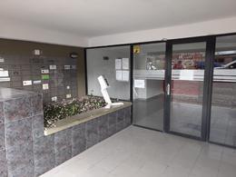 Foto Departamento en Alquiler en  Capital ,  Neuquen  Leloir al 200