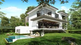 Foto Casa en Venta en  Pozos,  Santa Ana  Casa en Santa Ana