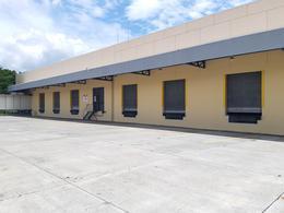 Foto Bodega Industrial en Renta en  Pozos,  Santa Ana  Santa Ana/ Bodega 2100 m2/ 13 oficinas