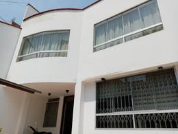 Foto Casa en Venta en  La Molina,  Lima  Urb. Las Praderas de La Molina
