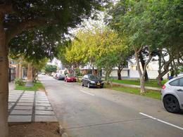 Foto Terreno en Venta en  Miraflores,  Lima  Calle ocho (santa Carmen) Urb. Los Tulipanes