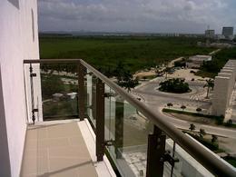 Foto Departamento en Venta en  Puerto Cancún,  Cancún  BE Towers Puerto Cancun - OPORTUNIDAD C1106