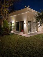 Foto Casa en Venta en  Temperley,  Lomas De Zamora  Estévez Correa 139
