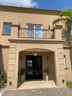 Foto Casa en Alquiler temporario en  San Francisco,  Villanueva  Excelente casa estilo clásico. 6 amb. Amplia vista a la laguna. Villanueva