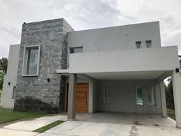 Foto Casa en Venta en  Francisco Alvarez,  Moreno  Almafuerte al 1500