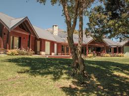 Foto Casa en Venta en  Arelauquen Golf & Country Club,  San Carlos De Bariloche  Arelauquen Golf