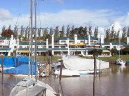 Foto Departamento en Venta en  Marinas del Sol,  San Fernando  Escalada al 2400