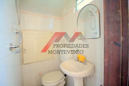 Foto Casa en Venta en  La Blanqueada ,  Montevideo  La Blanqueada - Luis Alberto de Herrera al 2100