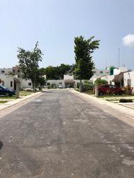 Foto Casa en condominio en Venta en  Quintana Roo ,  Quintana Roo  Casa en VENTA Amueblada y Equipada  Residencial EL FARO, Puerto Morelos