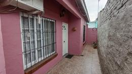 Foto PH en Alquiler en  Ranelagh,  Berazategui  Eva Peron  4270