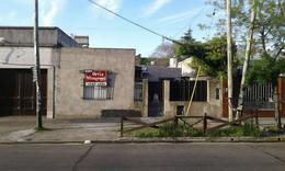 Foto Terreno en Venta en  Lomas De Zamora,  Lomas De Zamora  Laprida al 2200