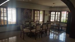 Foto Casa en Venta en  Adrogue,  Almirante Brown  Illia al 100