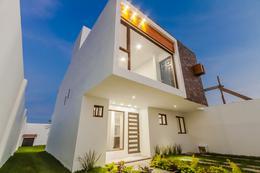 Foto Casa en Venta en  Pueblo Tequesquitengo,  Jojutla  Venta de casa nueva en Tequesquitengo, Morelos…Clave 3085