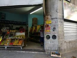 Foto Local en Venta en  Balvanera ,  Capital Federal  Hipolito Yrigoyen al 3100
