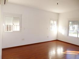 Foto Casa en Venta en  Carrasco ,  Montevideo  Pedro Figari y Copacabana
