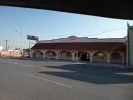 Foto Local en Renta en  Adolfo Prieto,  Guadalupe  Renta de Salón  de 1100 mts de construcción  Linda Vista