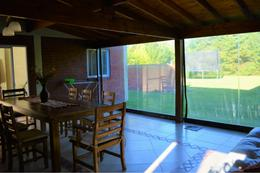 Foto Casa en Venta en  Malibu,  Countries/B.Cerrado (San Vicente)  Venta con renta - Casa en Malibú - Canning